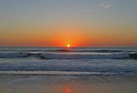 Surf (Cádiz): Olas al final de la calle y un escuela no muy lejos