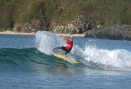 Surf (La Coruña): Playa del World Series a lado
